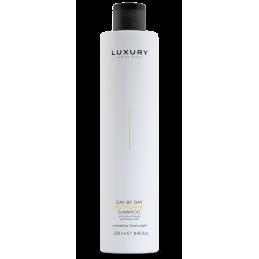 Luxury Nutrishine Shampoo Green light - 1